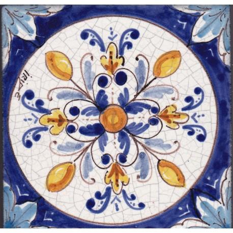 Mattonella in ceramica modello rosone geometrico